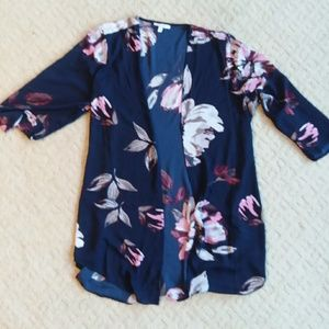 Veey pretty Navy and pink flowered kimono